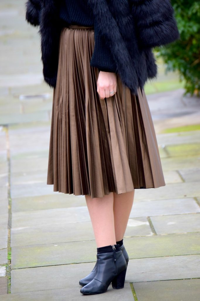 Ankle Boots Leather Pleated Skirt